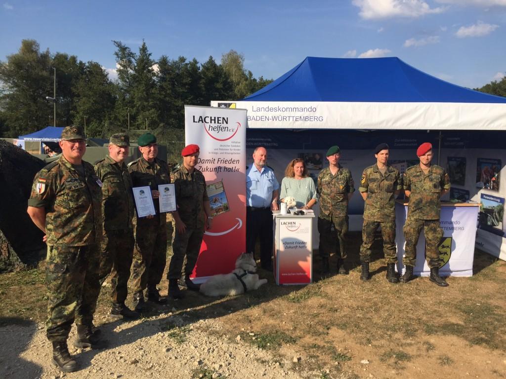 abb-1-nato-fahrzeugtreffen-2016-am-stand